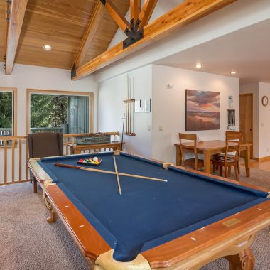 pool table at blue grouse 4