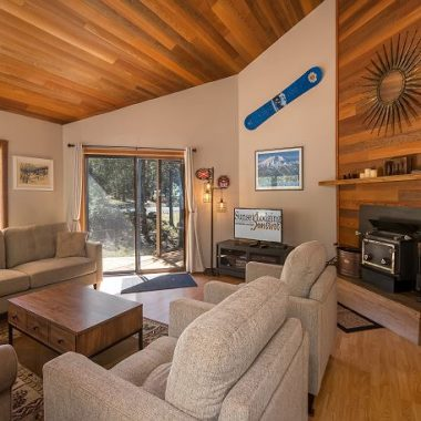 Camas 21 vacation rental in Sunriver