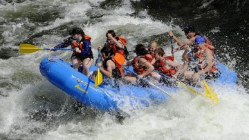 whitewater river rafting in Sunriver, Oregon