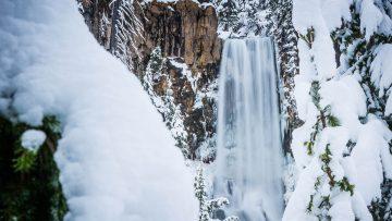 snowshoeing to tumalo falls